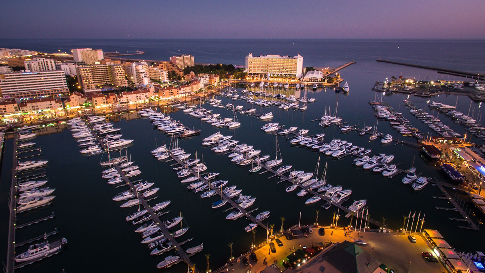 "Marina de Vilamoura é a ""Melhor marina de Portugal 2020"" e ""Marina of The Year 2019/20"""